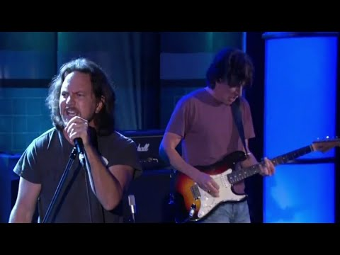 Pearl Jam - Got Some (The Tonight Show With Conan O'Brien, 6/1/2009)