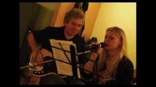 Video RANKYEN Acoustic - Love Me