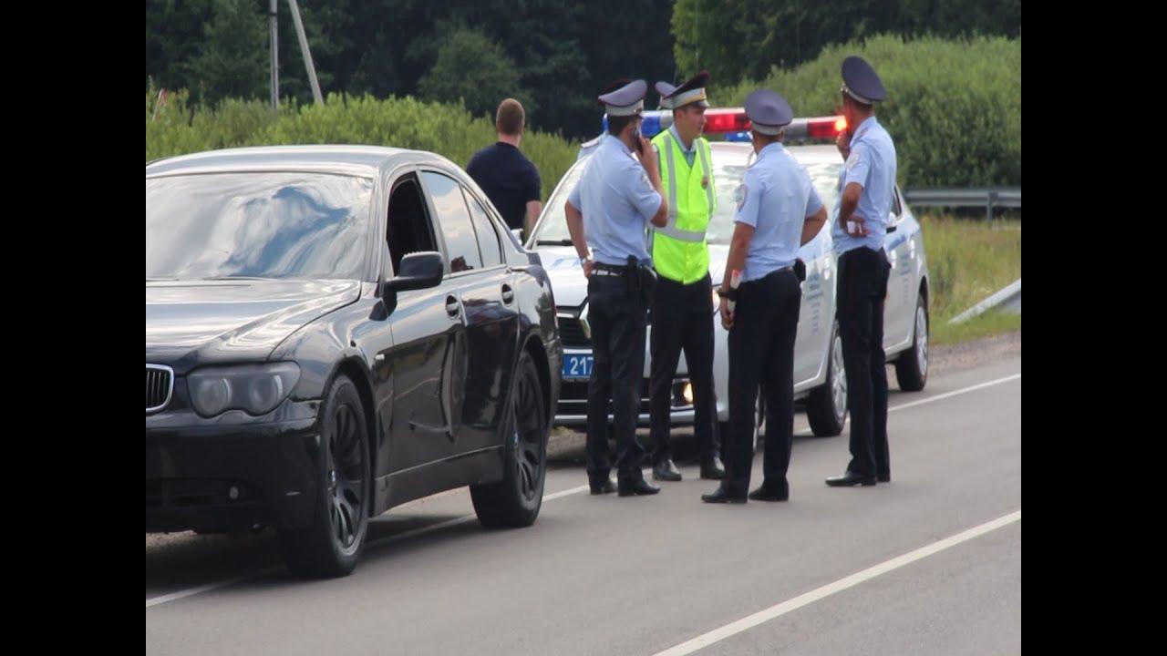 В Калининградом полиция задержала свадебный кортеж
