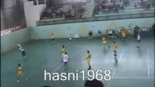 preview picture of video 'YouTube - boufarik mouhamed hand ball.flv'