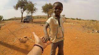 GOCCIA DOPO GOCCIA • Portando Acqua In Burkina Faso (Africa)