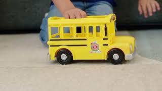 CoComelon ¡Ya están aquí sus juguetes musicales! ¡Acompaña a JJ en el divertido Autobús musical! Trailer