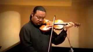 """Violinist Xiang Chen plays Variations on """"The Last Rose of Summer"""" by W. Ernst"""