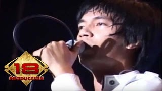 d'Masiv - Rindu Setengah Mati  (Live Konser Medan 08 Mei 2010)