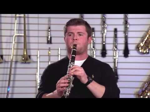 Julian Bliss reviews the Selmer CL211 Clarinet