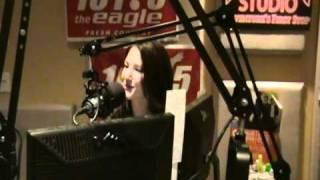 Katie Armiger performing- Nice Girl