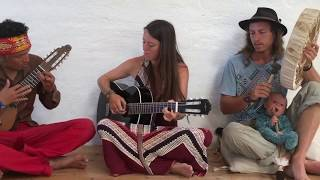'Agua del amor' Lyric Video
