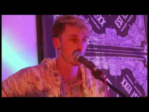 Everlong Cover (Live) [Feat. Tillie]