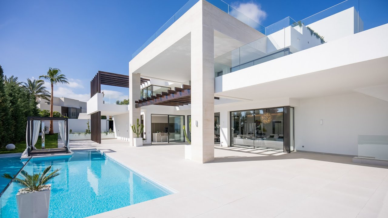 Amazing Brand- New Modern Luxury Villa with Stunning Views, Los Flamingos Golf