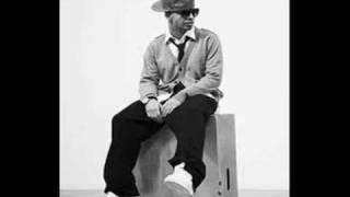 Sean Garrett Feat. Drake - Feel Love