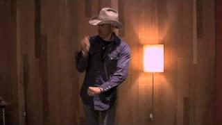 Jon Gries - Nikka's Box - Episode 1 - 06.03.11 - Jon Gries fait le cow-boy...