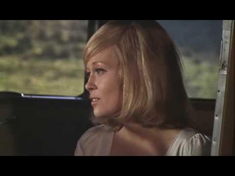 A szép szerelmeseket szitává lőtték a kocsiban, és Hollywood többé nem volt ugyanaz