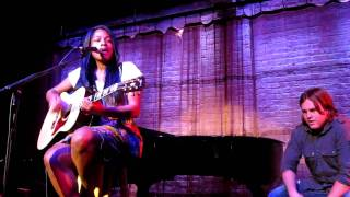 """Make me believe"" - Angel Taylor (Evanston SPACE 8/14)"