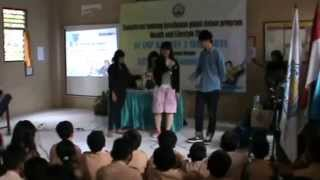 preview picture of video 'AIESEC Local Committee UNS di SMP Kristen 3 Solo'