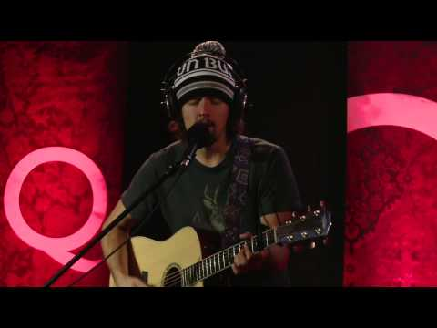 Jason Mraz .... I Wont Give Up.  In Studio Q.mp4