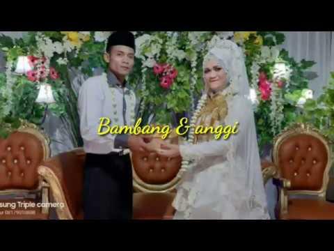 Resepsi pernikahan sederhana kedua mempelai ber syukur dan bahagia