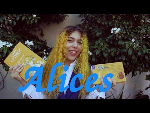 Alice in Wonderland   Resenhando livros e filme