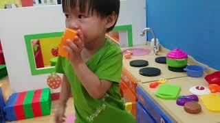 Ku Tin Đi Nhà Bóng, Trò Chơi Bé Tập Bán Hàng, Bé Tập Nấu Ăn | Kids Toy Media