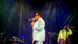 My Love is All i Have Charlie Wilson Trianon 2013 07 15