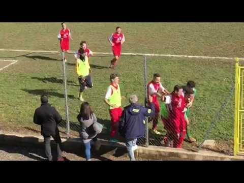 Preview video La punizione vincente di Mattia Schiavon in Podgora Calcio 1950 vs Sporting Genzano 29.01.2017