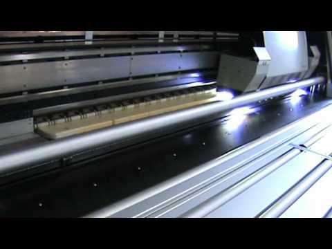 Bedruckter Biertisch im UV Druck! So funktioniert's!