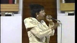 "O'landa Draper   Shirley Caesar ""I'll Never Stop Praising The Lord"""