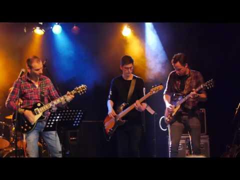 Talenten van Rockschool Dronten op podium bij 'Rocknight' JKC-Nirwana