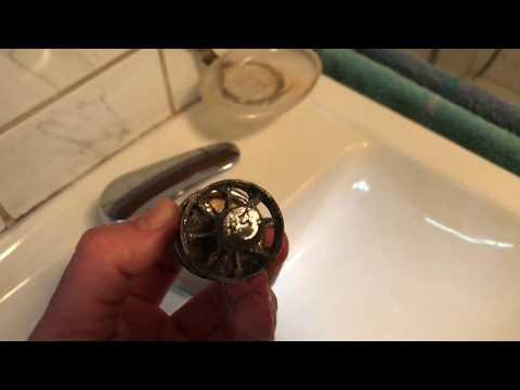 Badezimmer Waschbecken Ablauf Stopfen einstellen Undichten Exzenter Stopfen reparieren Anleitung