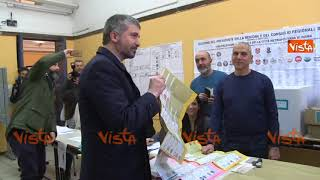 Di Stefano di Casapound vota nello stesso seggio di Gentiloni