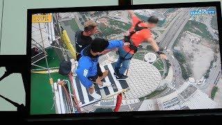 Tegangnya Menunggu Orang Menjatuhkan Diri dari Ketinggian 233 Meter di Macao