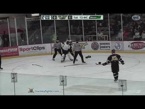 Isaac Henkemeyer-Howe vs. Joey Foss