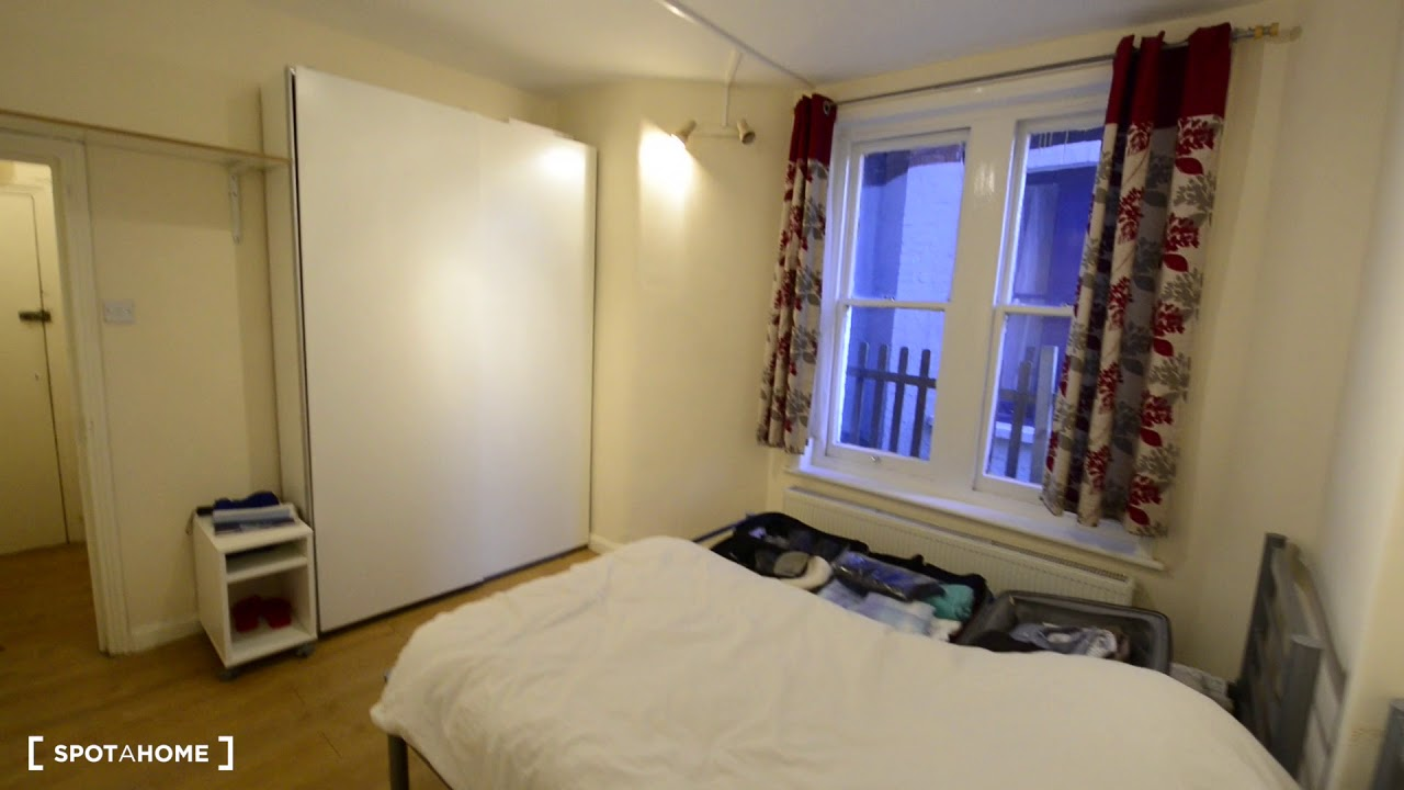 2-bedroom apartment with garden to rent in Willesden, Travelcard Zone 3