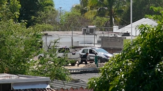 MEXICAN GUN BATTLE SHOOTOUT IN STREETS PUERTO ESCONDIDO 2017