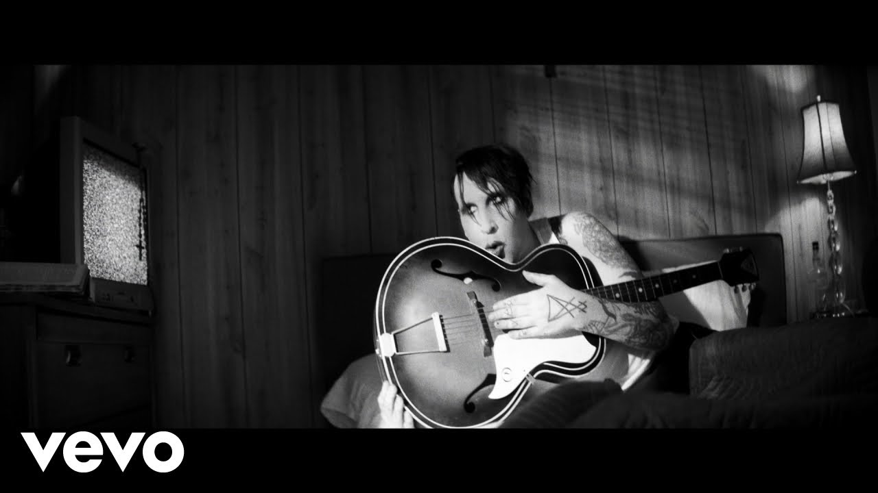 Marilyn Manson — God's Gonna Cut You Down