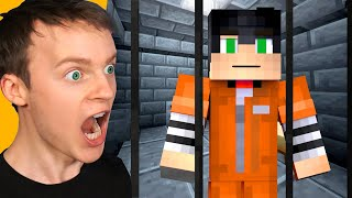 ESCAPE the PRISON in MINECRAFT! (Hard)