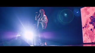Face To Face (Live) - Hillsong Young & Free