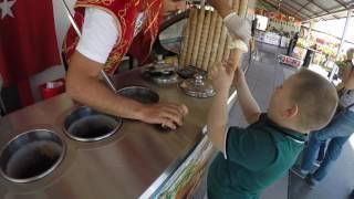 Очень смешное видео! Герман))) Фокус с мороженое! Продавец мороженое в Турции! Отдых в Туран Принц!