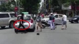 Đánh nhau giữa đường vì va chạm giao thông