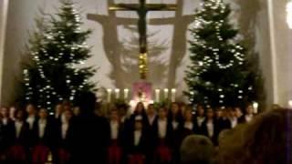 Kinderchor singt Weihnachtslieder im Heilsbronnen