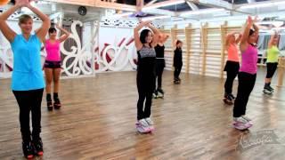 Фитнес -тренировка по Kangoo Jumping.