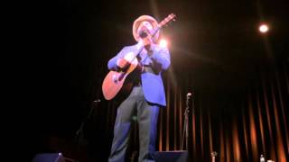 """Drew Holcomb """"Tennessee"""" Acoustic in Knoxville"""