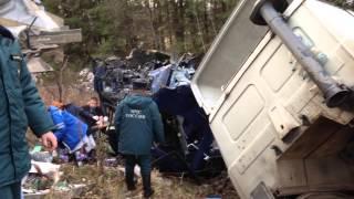 Под Омутнинском лоб в лоб столкнулись два грузовика