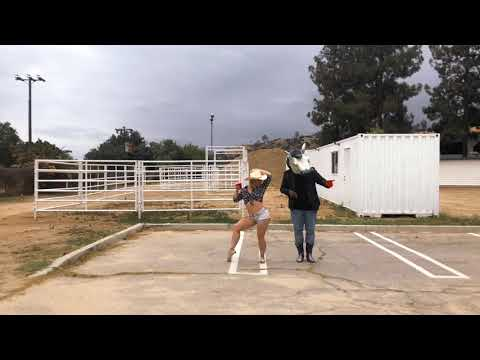 The Git Up Challenge @elektrohorse & @ meghan.magoun (blanco brown)