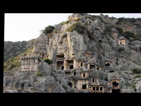 Крепостные стены Диярбакыра. Турция
