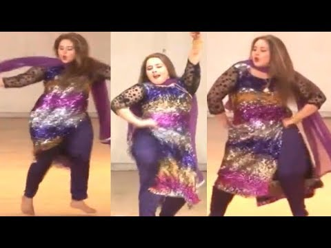 Download Nadia Gul New Dance 2020 | Pashto New HD Dance 2020 | Peshawar Productions - content HD Mp4 3GP Video and MP3