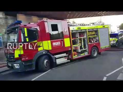 UK: Frenzy as emergency services rush to explosion site in Parsons Green