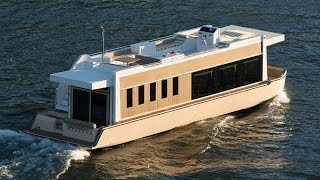 49' Crossover Houseboat: an Evolution in Yachting