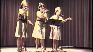 Bei Mir Bist Du Schoen - The New Andrews Sisters