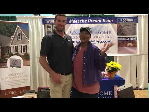 We love our customers! Here we have DreamHome's CEO Mike Eaton and another satisfied homeowner at one of our homeshows!