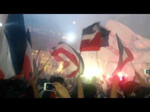 """""""Este equipo no va a descender!!"""" Barra: La Irreverente • Club: Chivas Guadalajara"""